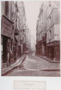 Rue au Maire de la rue Volta