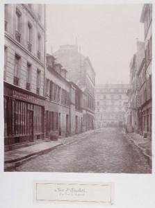 Rue Sainte-Elisabeth de la rue des Fontaines, vers la rue du Vertbois (démolition des Madelonnettes au fond à gauche)