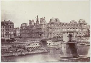 Ancien Hôtel de Ville et Pont d'Arcole