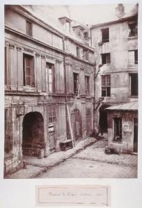 Cour de l'hôtel Hugues Aubriot du passage Charlemagne