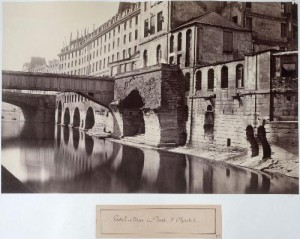 Ancien Hôtel-Dieu et Pont Saint-Charles