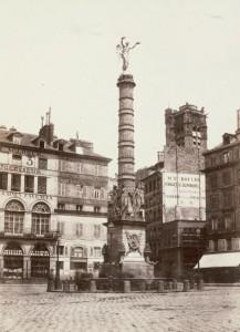 Colonne de la Victoire et Fontaine du Palmier, place du Châtelet