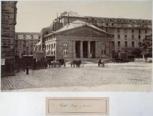 Façade de l'ancien Hôtel-Dieu
