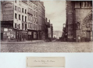 Rue du Cloître-Notre-Dame du parvis de Notre-Dame
