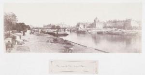Vue du pont des Saints-Pères et du quai du Louvre vers l'Île de la Cité