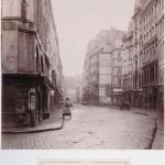 Rue de la Ferronnerie de la rue Saint-Honoré en direction de la rue Saint-Denis