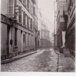 Rue des Déchargeurs de la rue de Rivoli