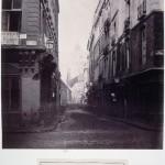 Rue des Prouvaires de la rue Saint-Honoré en direction des Halles